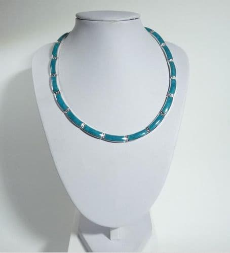 925 Solid Sterling Silver Hand Crafted Necklace, Set With Green  Turquoise Shell
